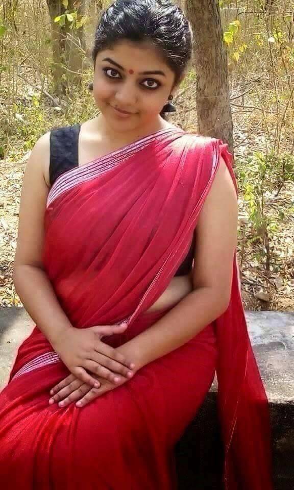 ঈশানির নগ্ন দেহের ওপর নিজের নগ্ন দেহ মিশিয়ে-Bangla Choti