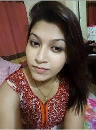 রোজি আপা পা দুইটা ফাক করলো-Bangla Choti